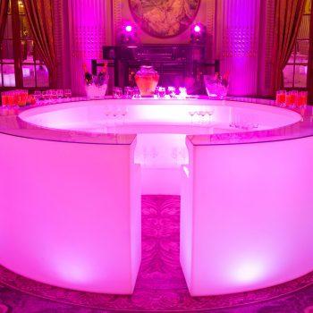 bar circular luminos